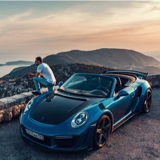 世界最速の市販車ランキング 1位は実力を封印されたあの車